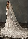 In Stock Eye-catching Tulle Wedding Veil With Imitation Pearls