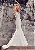 Marvelous Tulle & Satin V-Neck Mermaid Wedding Dresses With Beaded Lace Appliques