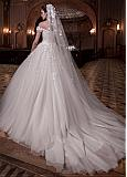 Exquisite Tulle Long Wedding Veil With 3D Flowers & Beadings