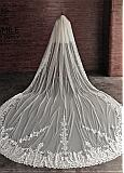 In Stock Charming Ivory Tulle Two-tier Wedding Veils With Lace Appliques & Comb